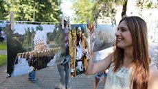 Фото на прищепках: уличный вернисаж Сушка открылся в Вологде