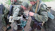 Учения мотострелкового полка береговых войск Балтийского флота. Архивное фото