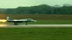 Неудавшийся взлет истребителя ПАК ФА Т-50 на авиасалоне в Жуковском