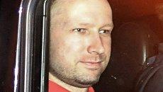 Подозреваемый в организации двойного теракта в Норвегии Андерс Брейвик