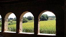 Испания Каталония замок Пуболь Дали Гала