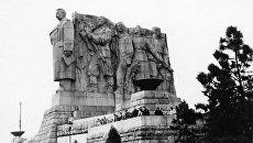 Памятник И.В.Сталину в Праге. Архивное фото