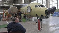 Сборка Ан-148 на Воронежском авиазаводе, архивное фото