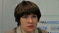 Директор по порталам Государственного университета - Высшей школы экономики Мария Добрякова на пресс-конференции на тему ЕГЭ и прием в вузы - 2010