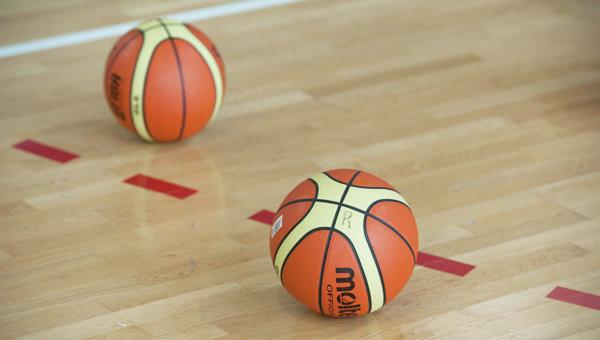 Баскетбольные мячи. Архивное фото