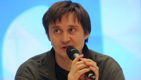 Режиссер Павел Костомаров. Архив
