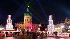 Рождественский базар у замка Шарлоттенбург в Берлине