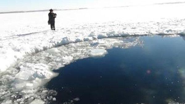 Фотография с места падения метеорита в Челябинске