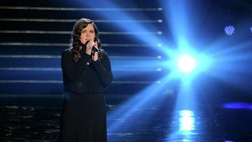 Победительница вокального телевизионного конкурса Голос Дина Гарипова