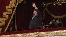 Депардье прогулялся по Большому театру и продемонстрировал знание русского