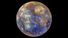 Снимок Меркурия в искусственных цветах, отражающих минералогические и химические свойства приповерхностного грунта