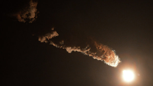 Космический запуск, архивное фото
