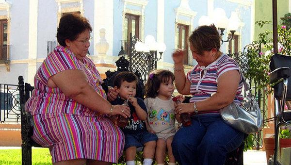 Мамы с детьми. Архив