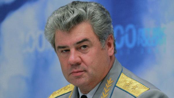 Главнокомандующий Военно-воздушными силами России Виктор Бондарев. Архив