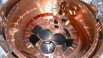 Криостат для детектора CDMS II