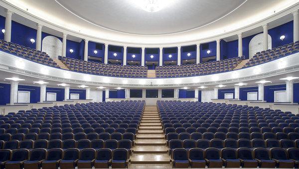 Зал Московского музыкального академического театра имени Станиславского и Немировича-Данченко. Архивное фото