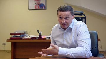 Руководитель оргкомитета по подготовке к съезду ОНФ Андрей Бочаров. Архив