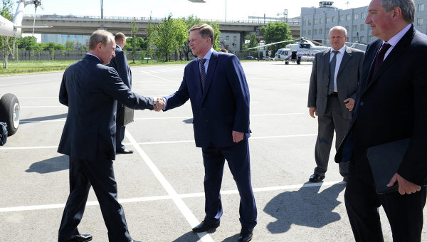 Путин посетил  Обуховский завод