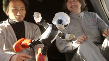 Японский робот, архивное фото