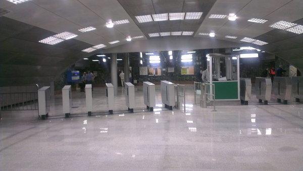 Новый вестибюль станции Березовая роща открылся в Новосибирске