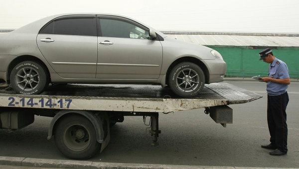 ВЛДПР просят проверить законность тарифов наэвакуацию машин вМоскве