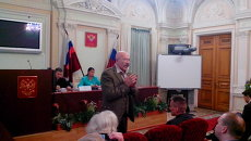 Cобрание граждан, подписавшихся за отставку Елены Дунаевой. Фото с места события