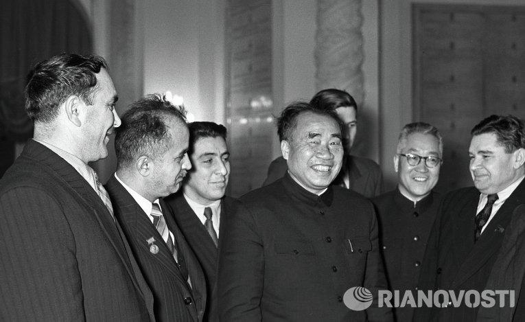 Представитель Коммунистической партии Китая Чжу Дэ