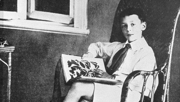 В детстве Владимир Набоков жил как маленький принц