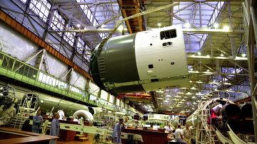 Сборочный цех самарского завода ЦСКБ-Прогресс, архивное фото