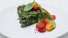 Кюкю с зеленью. Рецепт блюда приводится в книге Елены Чекаловой Ешьте! Завтраки, ланчи, перекусы