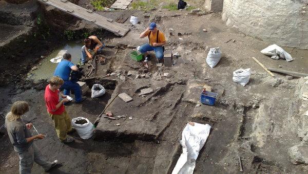 Археологи на Тамани откопали дворец царя Митридата