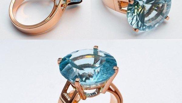 Золотое кольцо с топазом. Архивное фото