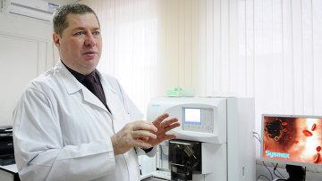 Красноярский врач-иммунолог, научный сотрудник НИИ медицинских проблем Севера СО РАМН Александр Борисов, событийное фото