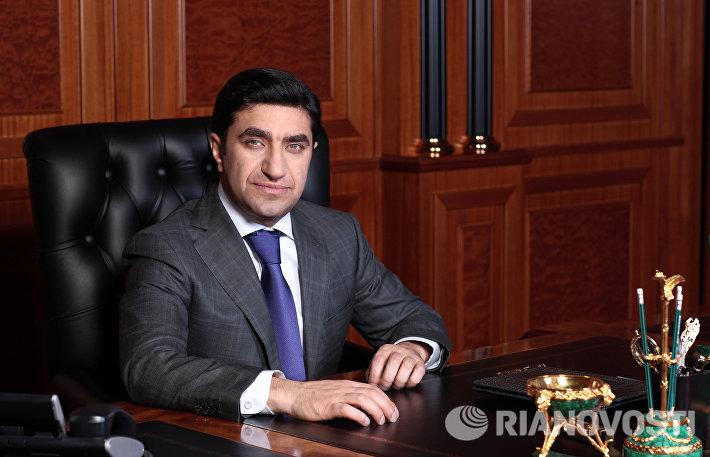 Председатель совета директоров ООО Киевская площадь Год Нисанов
