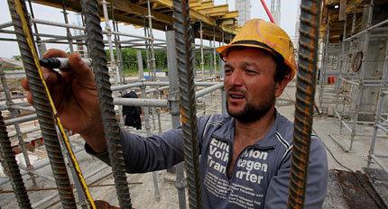 строительство, стройка, рабочие, гастарбайтеры