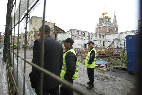 церковь Кадашевская слобода Пять столиц Кадаши охрана