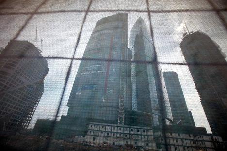 Термометр с длиной шкалы в 106,5 метра появился на Московском международном деловом центре Москва-Сити