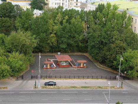 Бензозаправка Дворца Советов