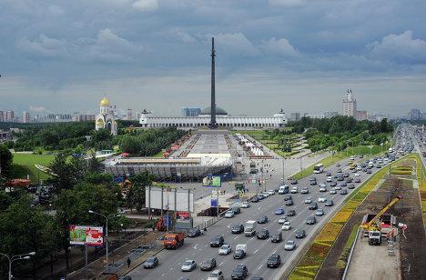 Ход реставрационных работ Триумфальной арки в Москве