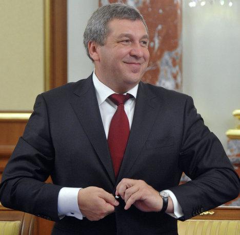 Новый министр регионального развития РФ Игорь Слюняев на заседании правительства РФ