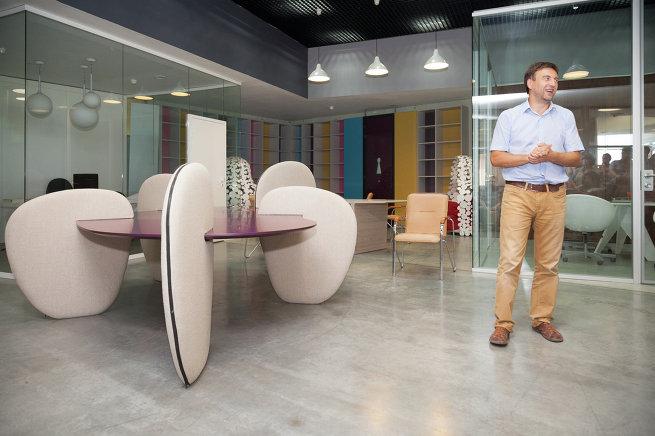 Участники международного конкурса АрхиВызов 2013: Flex Office