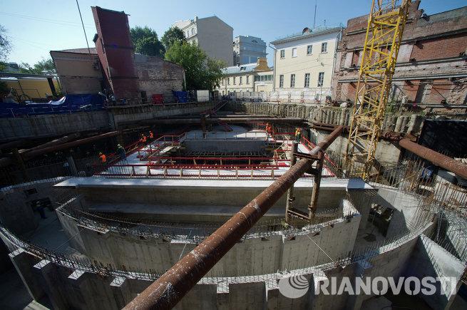 С.Собянин посетил строительную площадку театра Геликон Опера