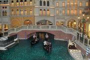 На территории отеля-казино Венецианец