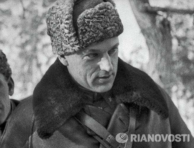 Генерал-лейтенант К.Рокоссовский в дни войны