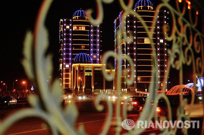 Предновогодняя иллюминация в Грозном