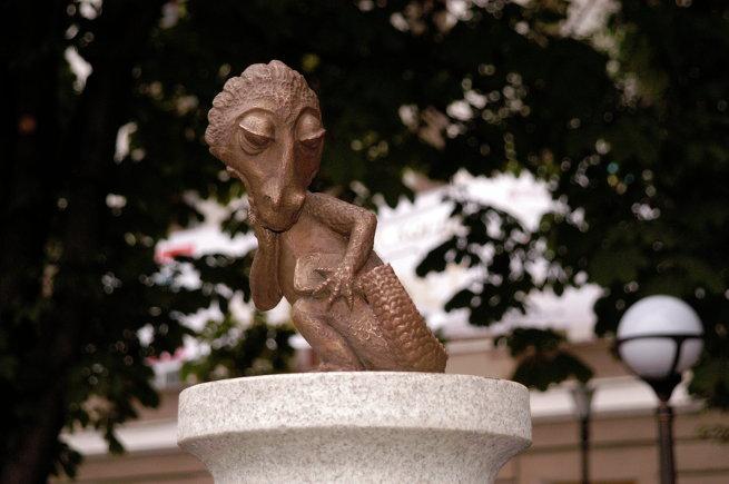 Памятник студенческому хвосту в Туле