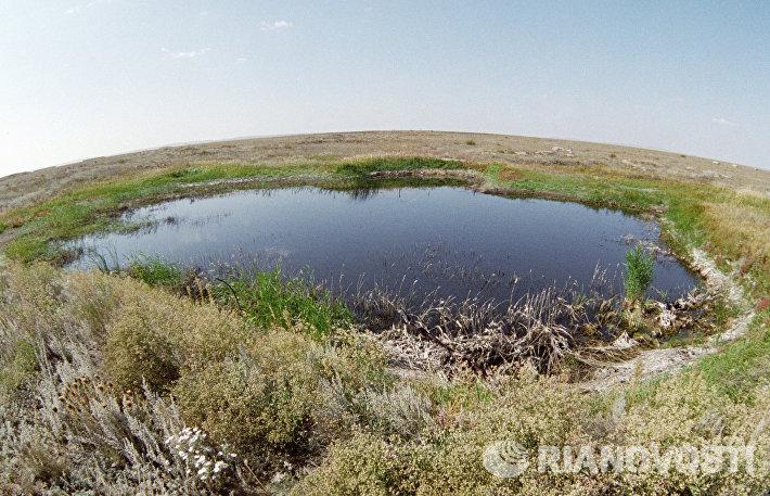 Озеро на месте первого наземного ядерного взрыва