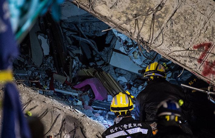 Обрушение здания в Тайване