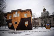 Открытие аттракциона Дом-перевертыш на ВВЦ