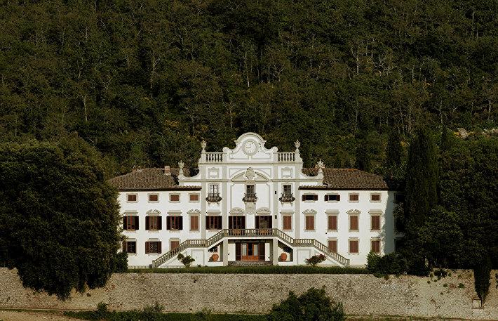Поместье Вистаренни, Италия